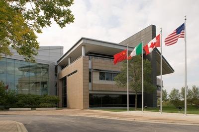 Website Grainger Lake Forest Headquarters
